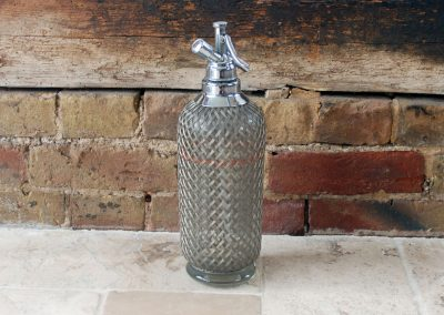 Antique vintage glass sparklets mesh covered 1930s soda syphon barware