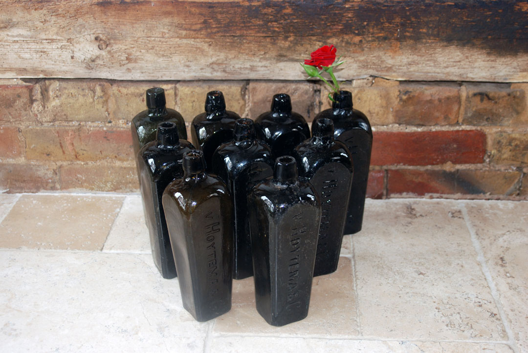 Antique nineteenth century case gin bottles dutch v hoytema co