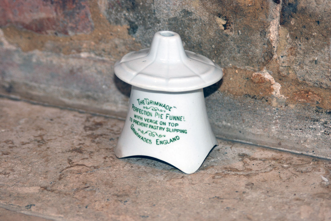 The Grimwade Perfection Pie Funnel antique edwardian white ironstone green transfer print