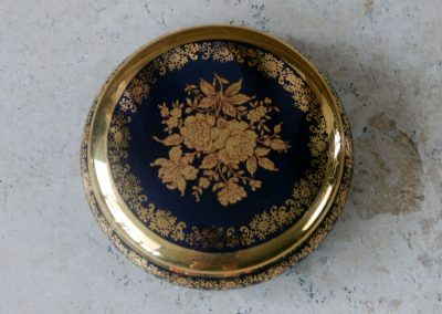 vintage retro kitsch hollywood regency limoges trinket pot jewellery bix pin dish cobalt blue gold flowers