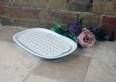 Vintage mid century MCM arzberg germany continential white whiteware meat platter drainer