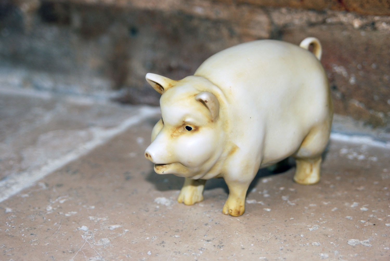 vintage pottery butchers display pig cast ceramic