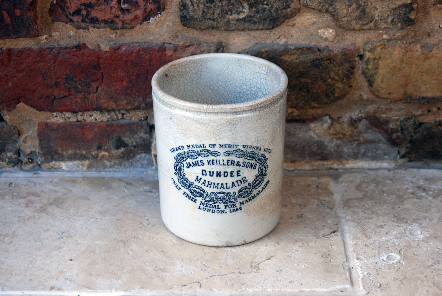 rare antique large 3# three pound chippy weathered james keiller dundee marmalade advertising pot