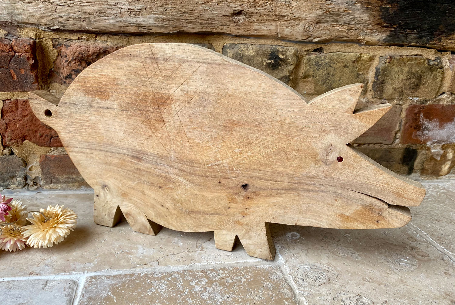 antique early mid 20th century treen wooden figural pig breadboard cutting bread board