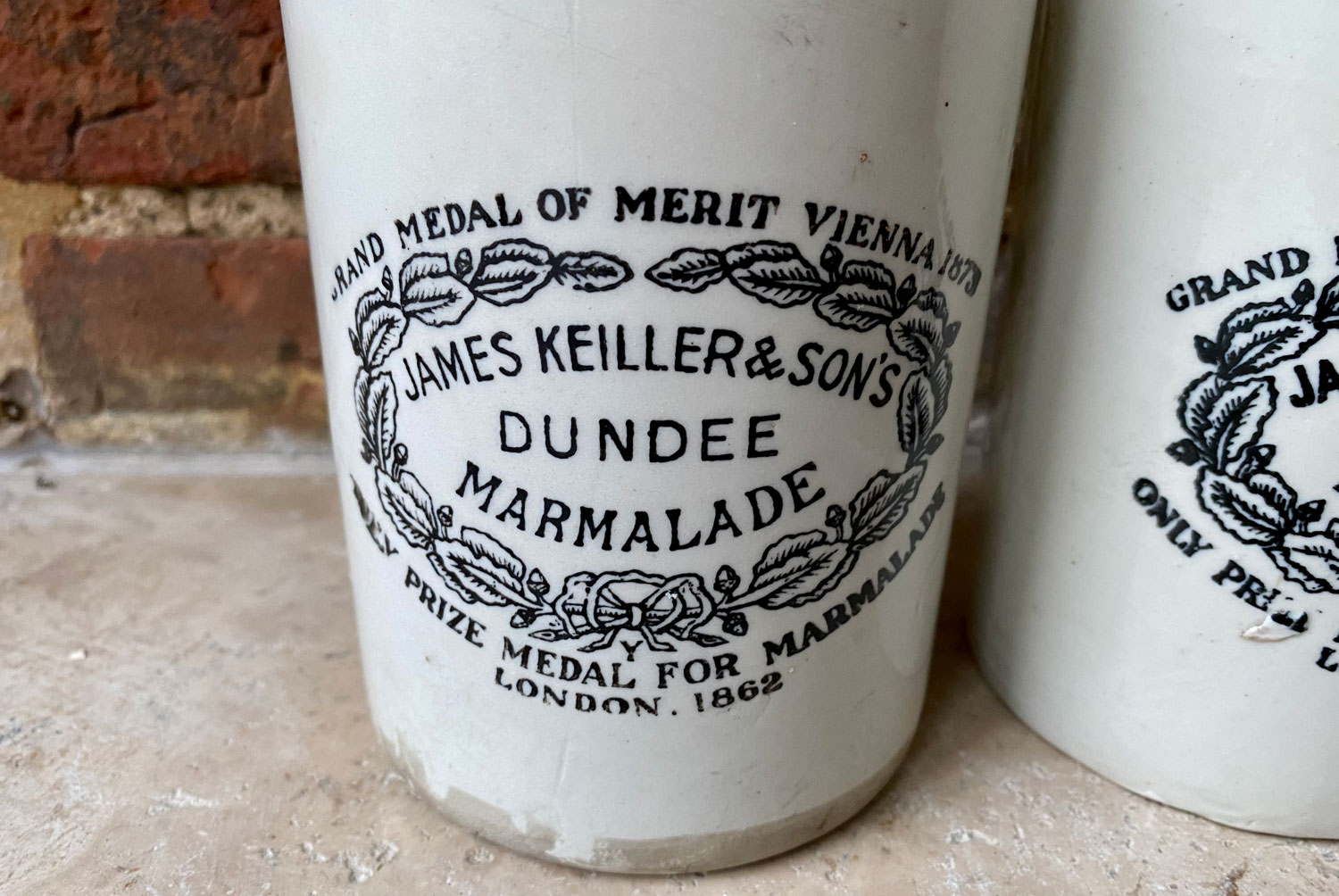 antique victorian two pound james keiller dundee marmalade english advertising pot white ironstone
