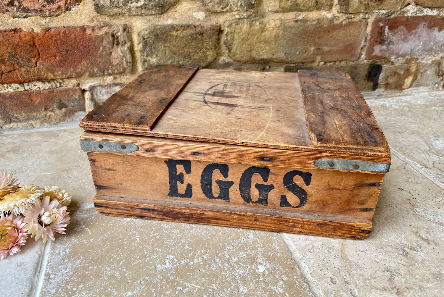 antique 1930s wooden travelling eggs box hammock post postal dairy outfit company