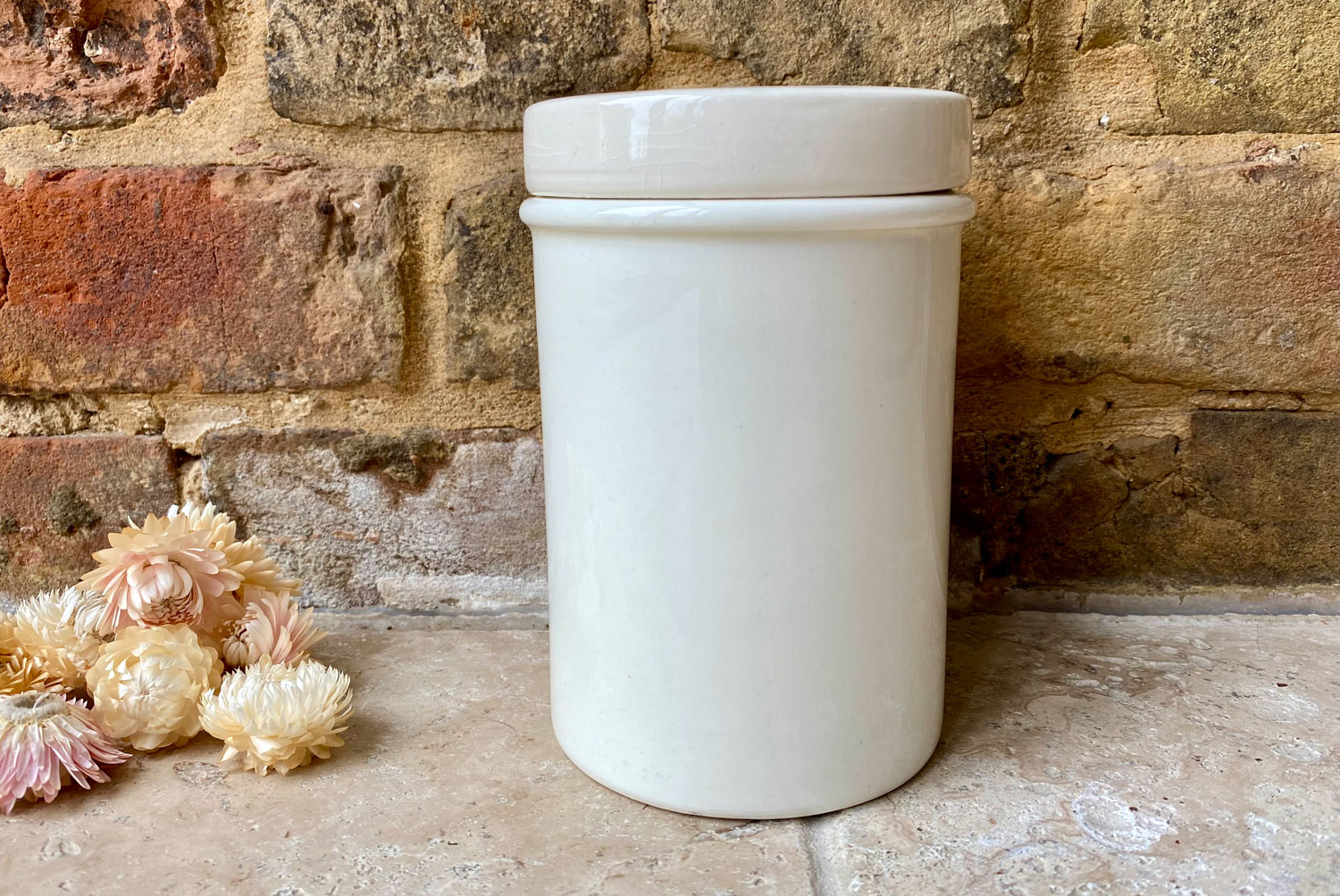 antique english early 20th century white ironstone large plain lidded appothecary jar